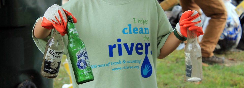 Slider-Green-River-Cleanup-10-5-13-DG-photo-24