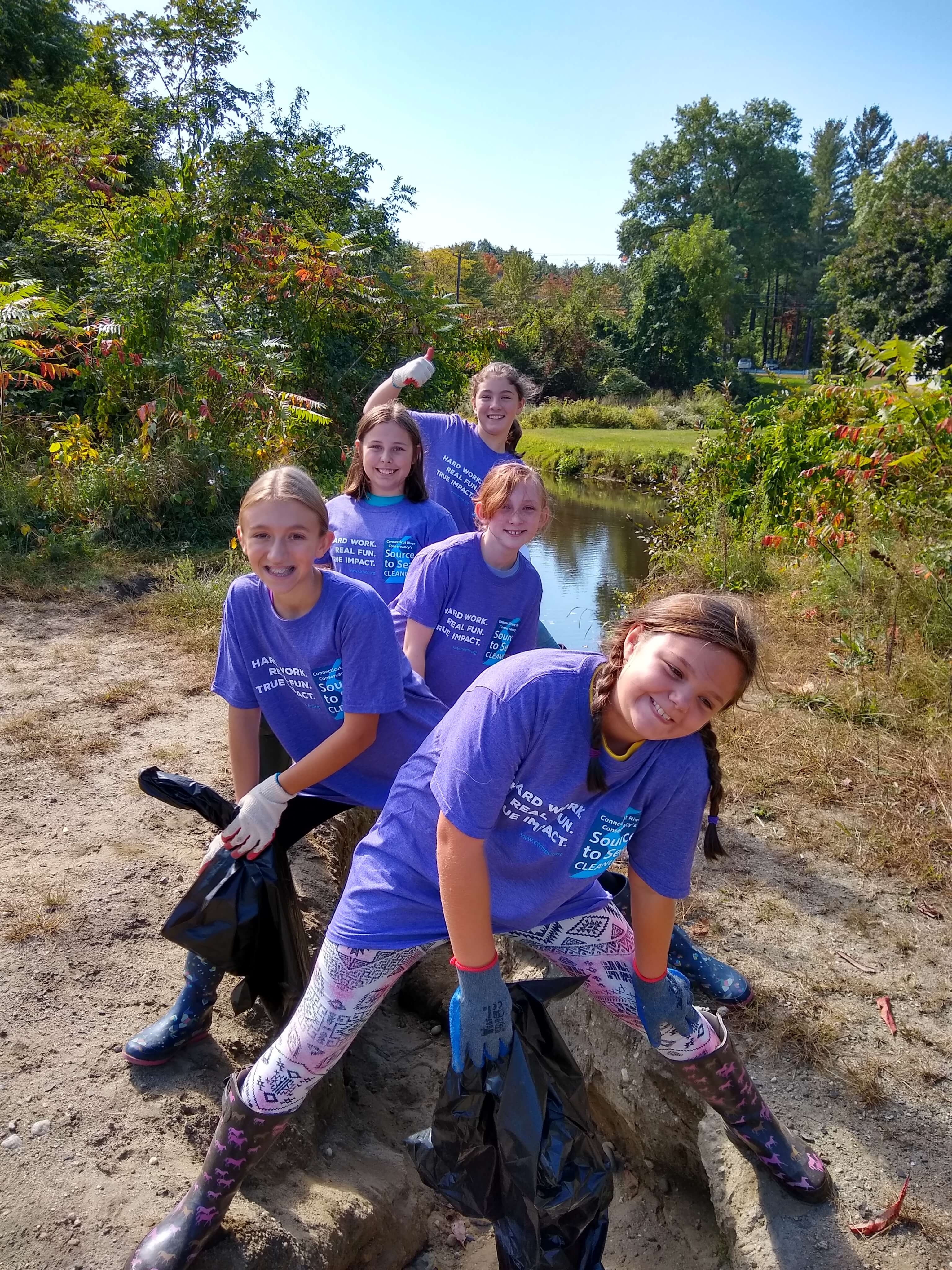 girl scout troop 64792 loves green river clean up