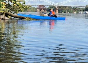 paddling to purge the plastic